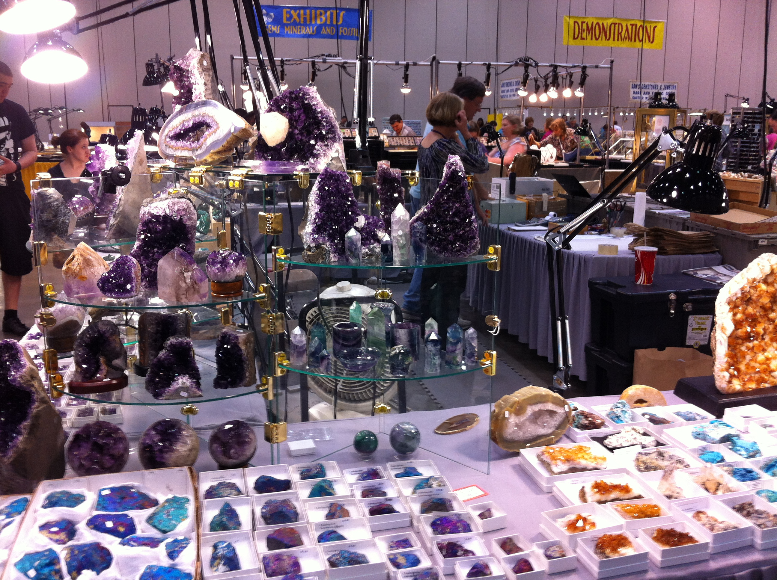 Minerals at the Huntsville Gem, Jewelry, and Mineral Show
