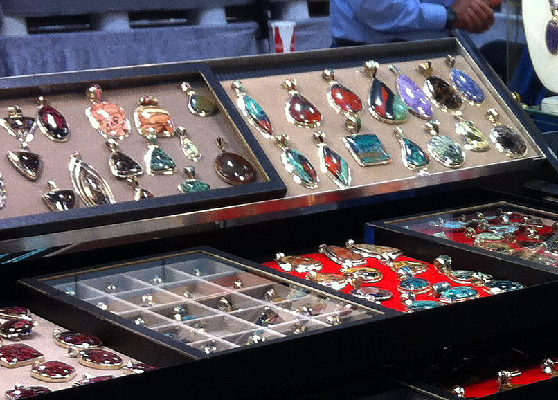 Jewelry at the Huntsville Gem, Jewelry, and Mineral Show